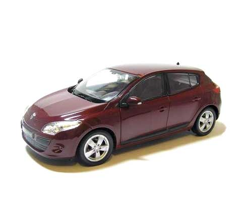 Auto 1:24 Welly Renault Megane 2009 bord